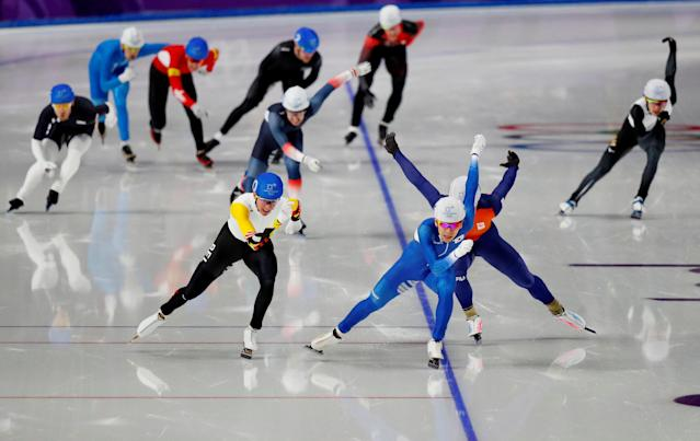 "Speed Skating - Pyeongchang 2018 Winter Olympics - Men's Mass Start competition finals - Gangneung Oval - Gangneung, South Korea - February 24, 2018 - Seung-Hoon Lee of South Korea wins the race. REUTERS/Phil Noble SEARCH ""OLYMPICS BEST"" FOR ALL PICTURES. TPX IMAGES OF THE DAY."