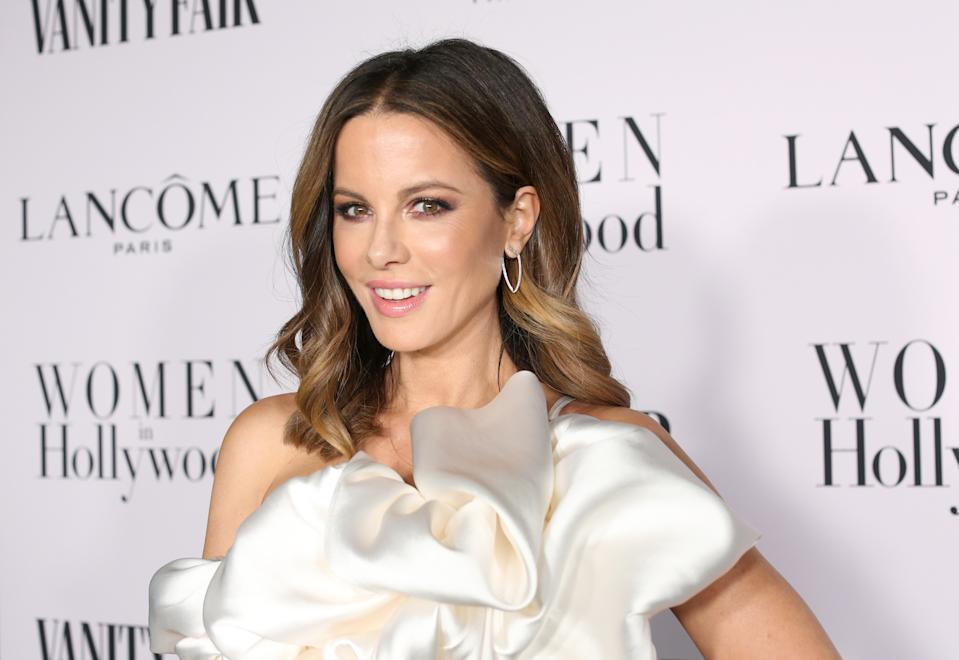 LOS ANGELES, CALIFORNIA - FEBRUARY 06: Kate Beckinsale attends Vanity Fair and Lancôme Toast Women in Hollywood on February 06, 2020 in Los Angeles, California. (Photo by Phillip Faraone/Getty Images for Vanity Fair)