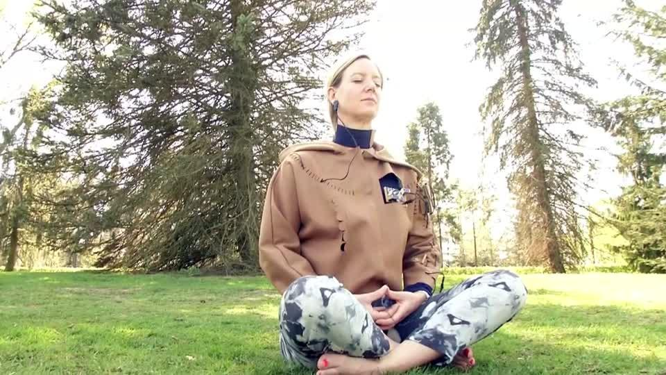 The path to inner peace could get a bit easier thanks to a high-tech suit that combines wearable technology with the ancient practice of meditation. Matthew Stock reports.