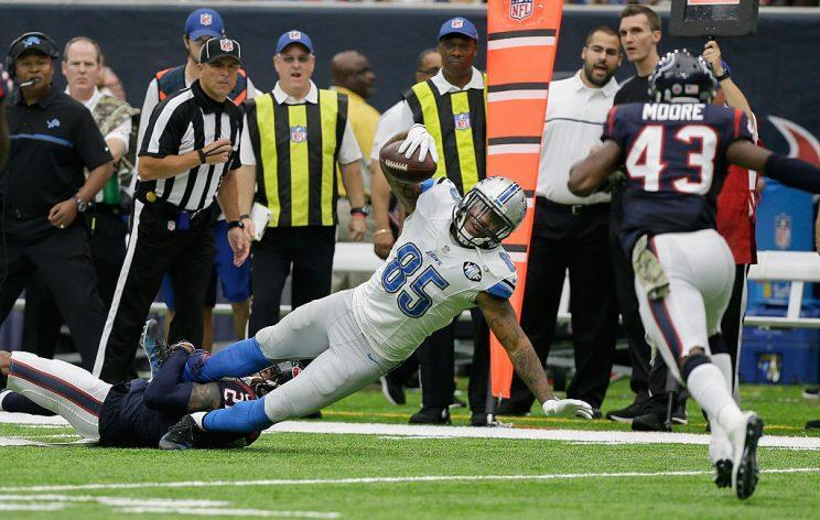 Eric Ebron, chain-mover. (Photo by Bob Levey/Getty Images)