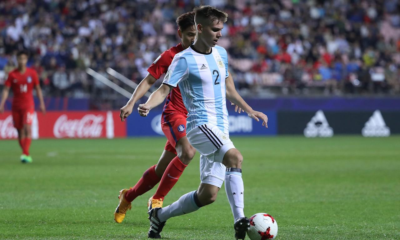 Juan Foyth playing for Argentina in the Under-20 World Cup earlier this year.