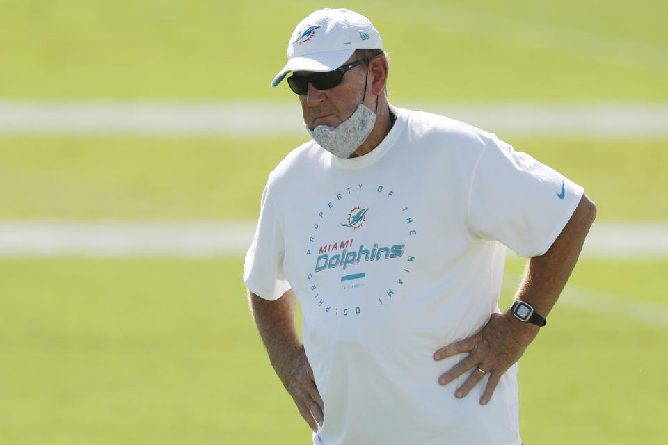 DAVIE, FLORIDA - AUGUST 31:  Offensive coordinator Chan Gailey of the Miami Dolphins looks on during training camp at Baptist Health Training Facility at Nova Southern University on August 31, 2020 in Davie, Florida. (Photo by Michael Reaves/Getty Images)