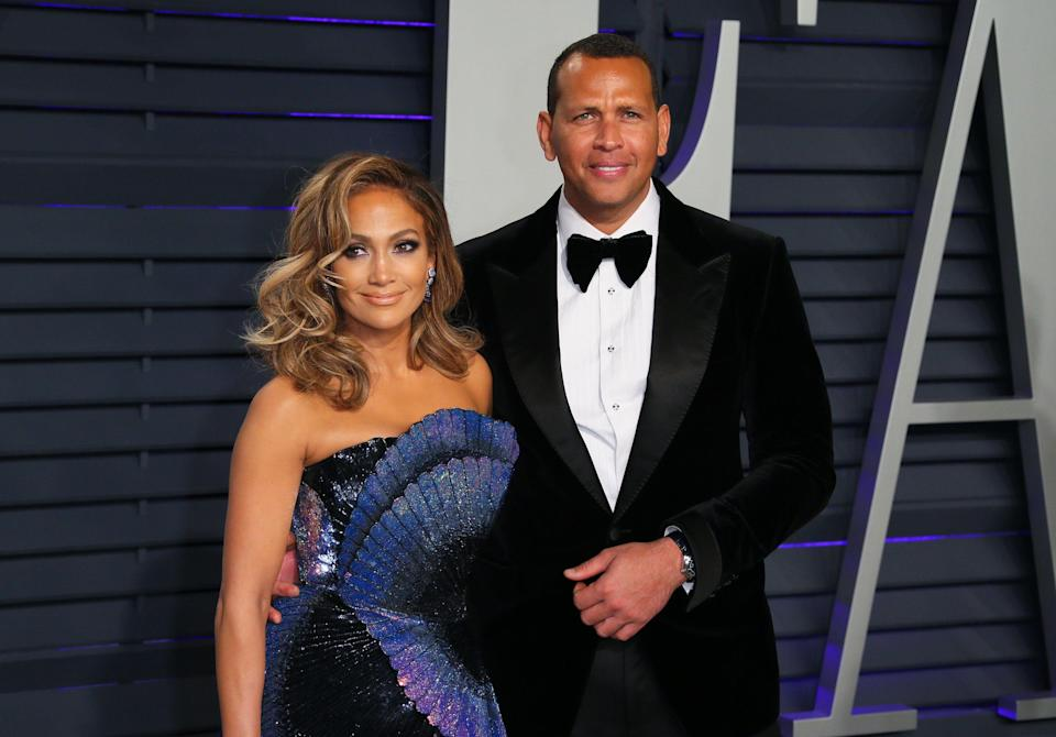 Jennifer Lopez and Alex Rodriguez attend the 2019 Vanity Fair Oscar Party on February 24, 2019. (Photo: JEAN-BAPTISTE LACROIX/AFP/Getty Images)
