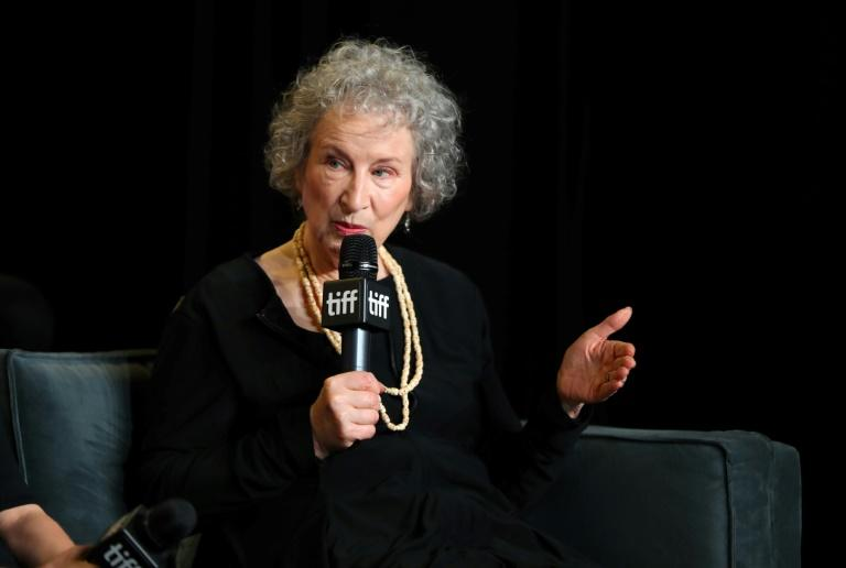 Margaret Atwood will be presented with the German book trade's 'peace prize'