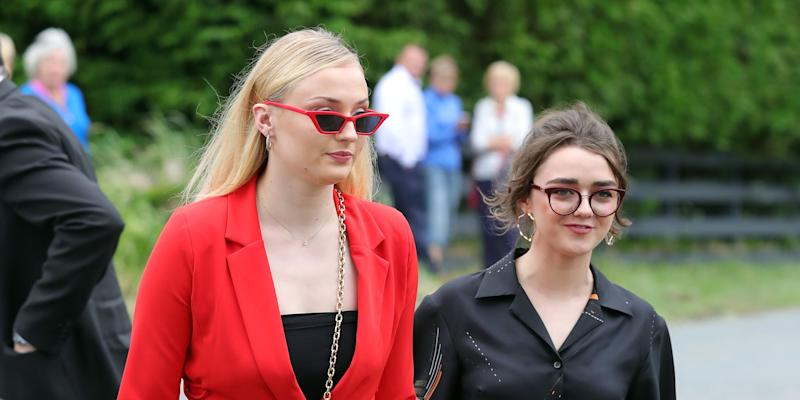 Sophie Turner blames Kit Harington for GOT coffee cup slip