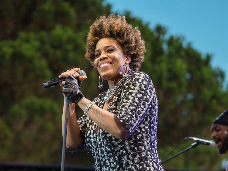 Macy Gray: 'People should use cannabis every day'
