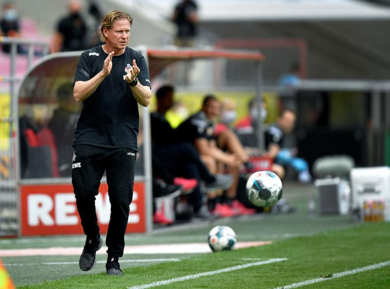 Soccer Football - Bundesliga - FC Cologne v 1. FC Union Berlin - RheinEnergieStadion, Cologne, Germany - June 13, 2020 Cologne's coach Markus Gisdol reacts, as play resumes behind closed doors following the outbreak of the coronavirus disease (COVID-19) Martin Meissner/Pool via REUTERS DFL regulations prohibit any use of photographs as image sequences and/or quasi-video