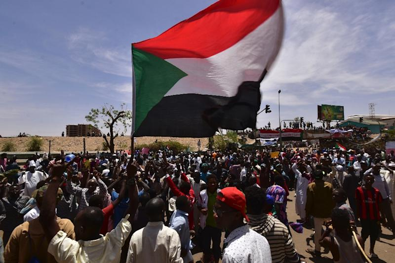 Demonstrators have kept up their 24-hour protests despite the ousting of long-time leader Omar al-Bashir, demanding a transition to civilian rule