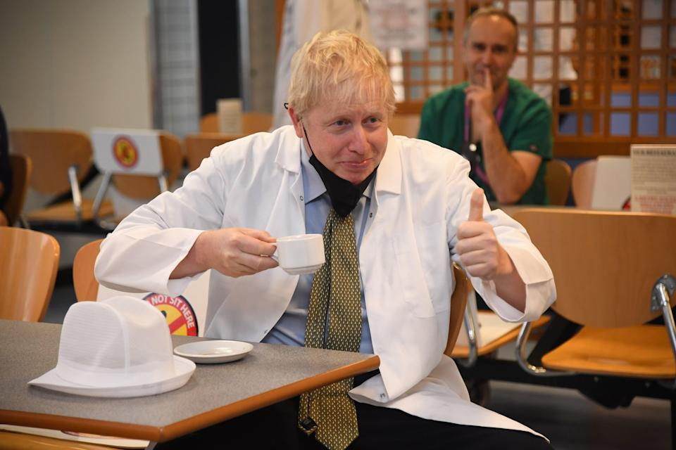 Boris Johnson visits a hospital in Reading (Getty Images)