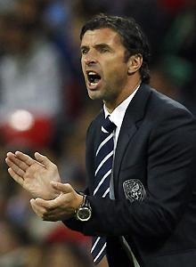 Gary Speed, coach of the Wales national team, died after apparently hanging himself