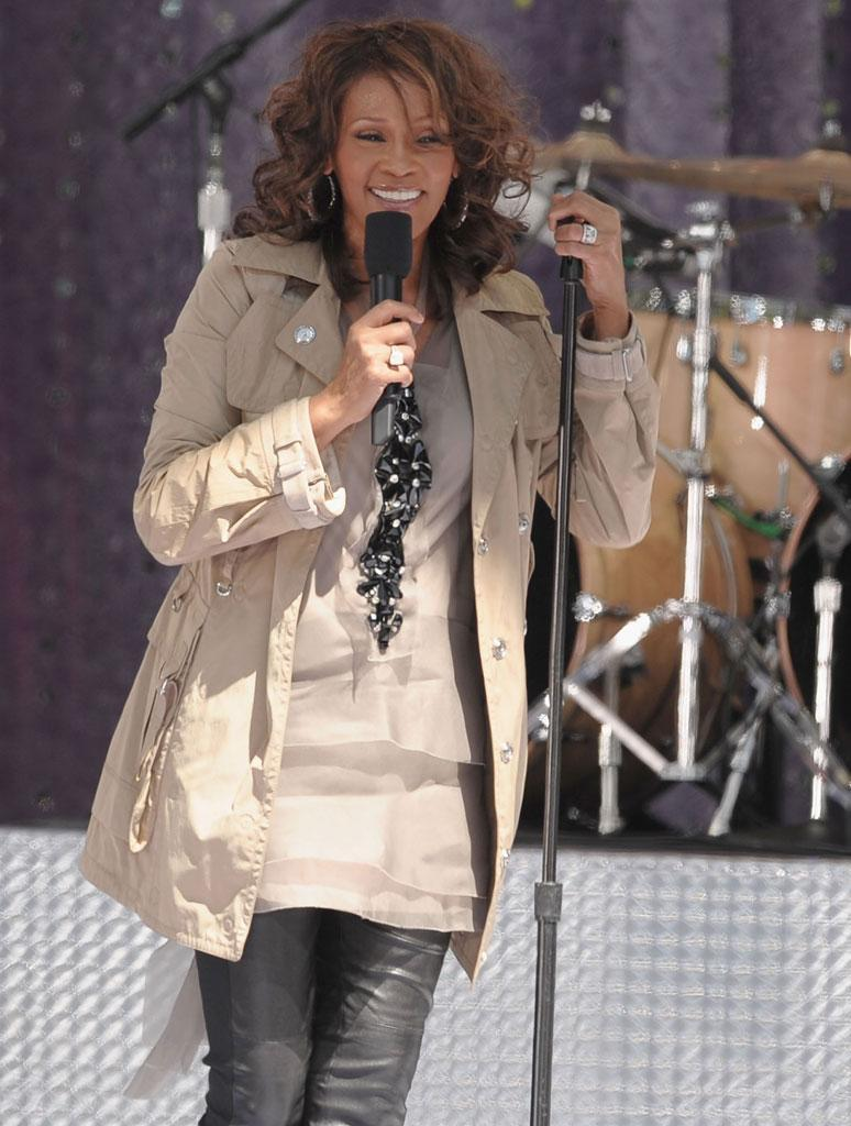"""Whitney Houston performs on ABC's """"Good Morning America"""" in New York's Central Park. Dimitrios Kambouris/<a href=""""http://www.wireimage.com"""" rel=""""nofollow noopener"""" target=""""_blank"""" data-ylk=""""slk:WireImage.com"""" class=""""link rapid-noclick-resp"""">WireImage.com</a> - September 1, 2009"""