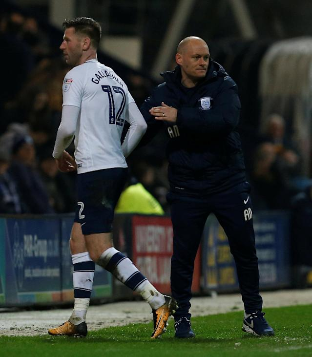 "Soccer Football - Championship - Preston North End vs Leeds United - Deepdale, Preston, Britain - April 10, 2018 Preston North End manager Alex Neil shakes the hand of Paul Gallagher after he is substituted Action Images/Craig Brough EDITORIAL USE ONLY. No use with unauthorized audio, video, data, fixture lists, club/league logos or ""live"" services. Online in-match use limited to 75 images, no video emulation. No use in betting, games or single club/league/player publications. Please contact your account representative for further details."