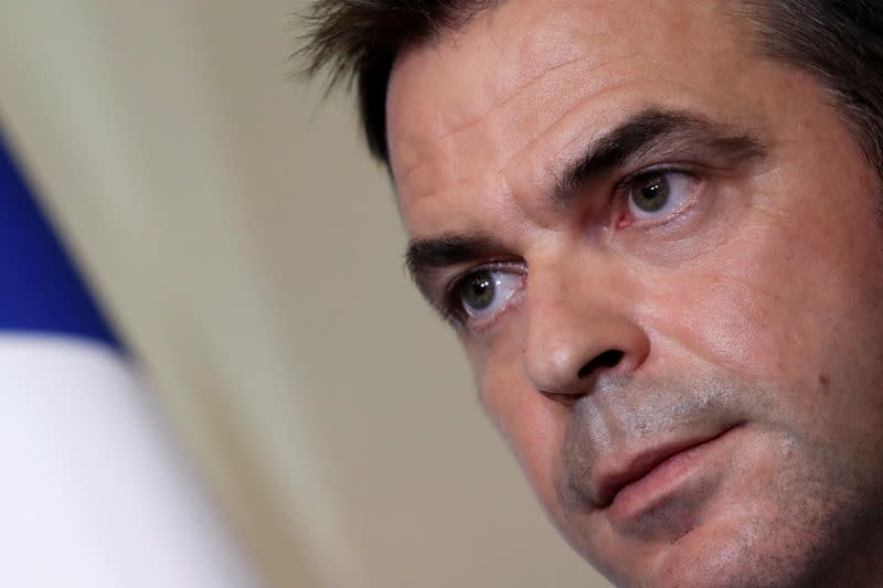 Police raid homes of French officials in coronavirus probe
