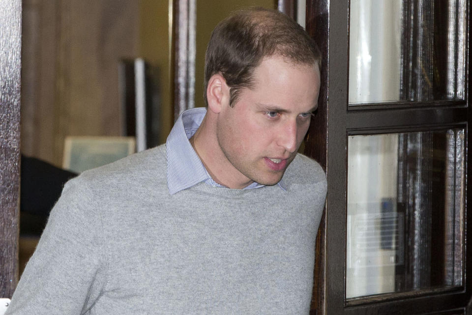 Britain's Prince William leaves  the King Edward VII hospital in London, December 3, 2012. Britain's Prince William and his wife Catherine, Duchess of Cambridge are expecting a baby, the prince's office said on Monday. The statement said Catherine was in the King Edward VII Hospital in Central London suffering from very acute morning sickness.    REUTERS/Neil Hall (BRITAIN - Tags:  HEALTH SOCIETY ROYALS TPX IMAGES OF THE DAY)