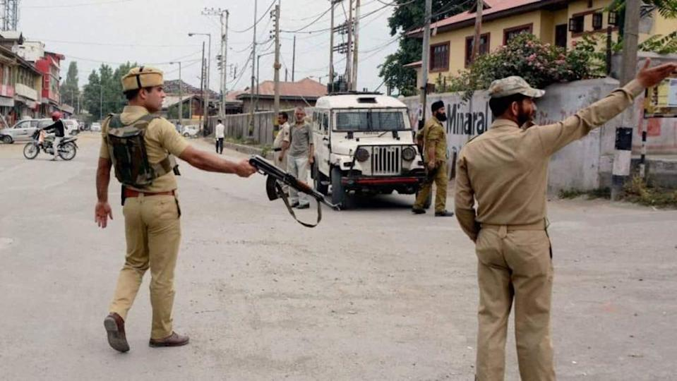 J&K: Two cops killed as terrorists open fire in Srinagar