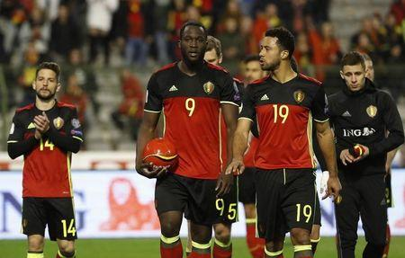 Football Soccer - Belgium v Greece - 2018 World Cup Qualifying European Zone - Group H - Stade Roi Baudouin, Brussels, Belgium  - 25/3/17 Belgium's Romelu Lukaku and Mousa Dembele after the match  Reuters / Yves Herman Livepic