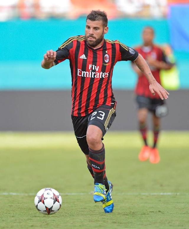 IMAGE DISTRIBUTED FOR GUINNESS INTERNATIONAL CHAMPIONS CUP - AC Milan forward Antonio Nocerino (23) moves the ball against the L.A. Galaxy during the Guinness International Champions at Sun Life Stadium on Wednesday Aug. 7, 2013 in Miami Gardens, Florida. (Scott A. Miller / AP Images for Guinness International Champions Cup)