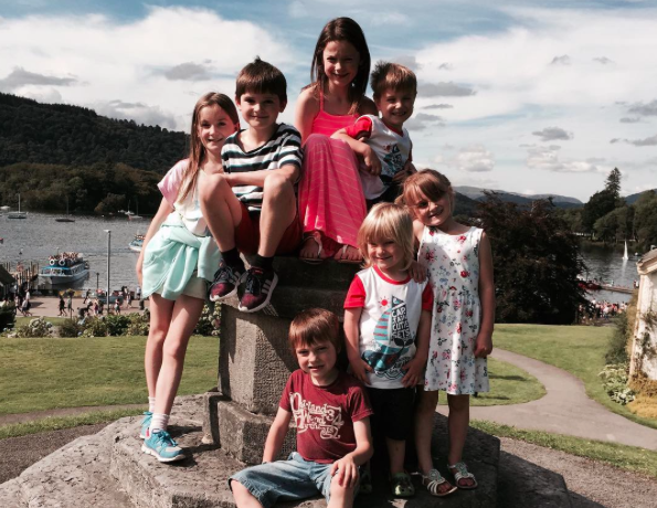 The Radford family have announced they are expecting their 20th baby [Photo: Instagram/@theradfordfamily]