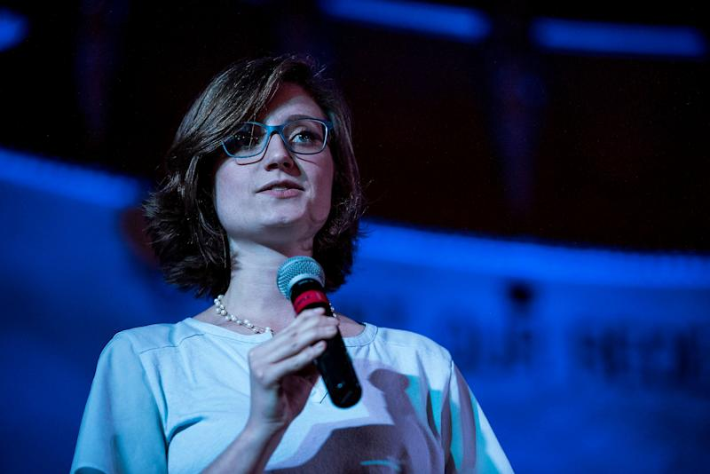 """Madeline Faber of Memphis'High GroundNews speaks during the """"€œEconomic Justice in the City (Revisited)"""" event."""