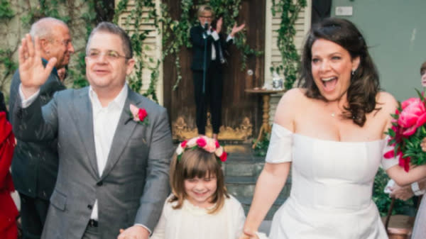 Patton Oswalt Marries Meredith Salenger In Hollywood Ceremony