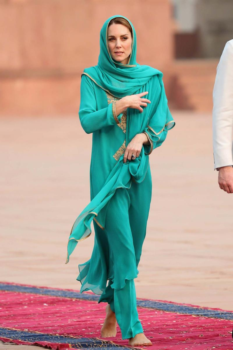 The Duchess of Cambridge at the Badshahi Mosque in Lahore (Getty Images)