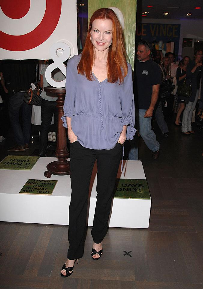 "Marcia Cross keeps things cool and casual in a flowing gray top. Steve Granitz/<a href=""http://www.wireimage.com"" target=""new"">WireImage.com</a> - May 15, 2008"