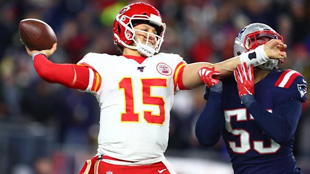 The Kansas City Chiefs beat the New England Patriots to clinch the AFC West title again.