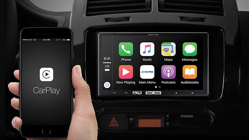Alpine iLX-107 Apple CarPlay Receiver