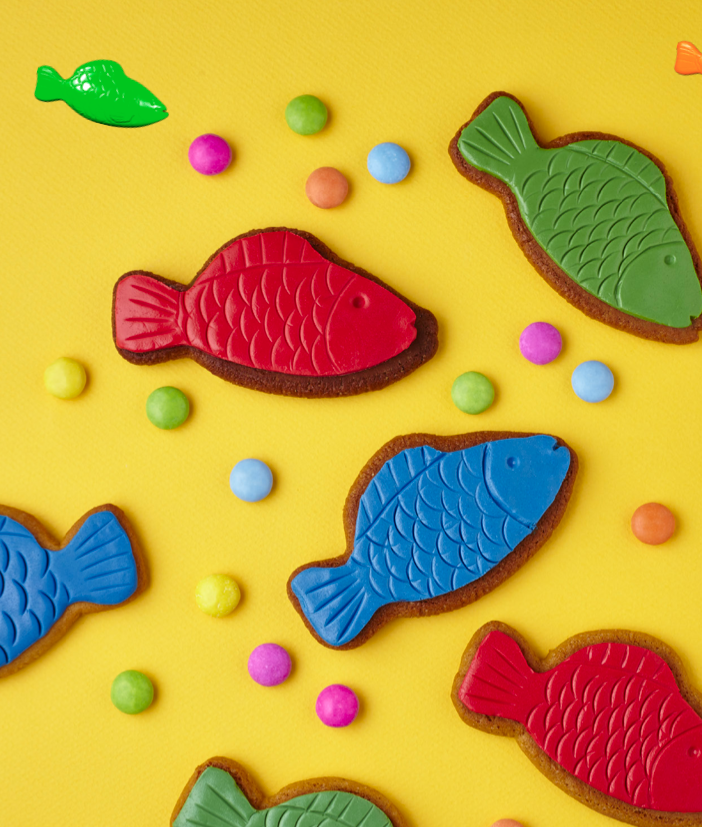 Swedish Fish Cookies are featured in the Candy Crush Cakes & Bakes Recipe Book. (Photo: Candy Crush)