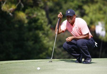 Tiger Woods in tie for lead after first round of Tour Championship