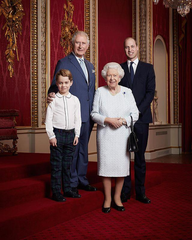 <p>Prince George started 2020 with an important photo: posting with great-grandmother Queen Elizabeth and her three heirs. The new portrait with the monarch, grandfather Prince Charles and father Prince William was released by the palace to mark the start of a new decade.</p>