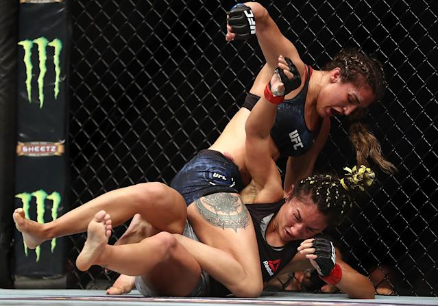 Carla Esparza and Tatiana Suarez in the Women's strawweight bout during UFC 228 at American Airlines Center on September 8, 2018 in Dallas, United States. (Getty Images)