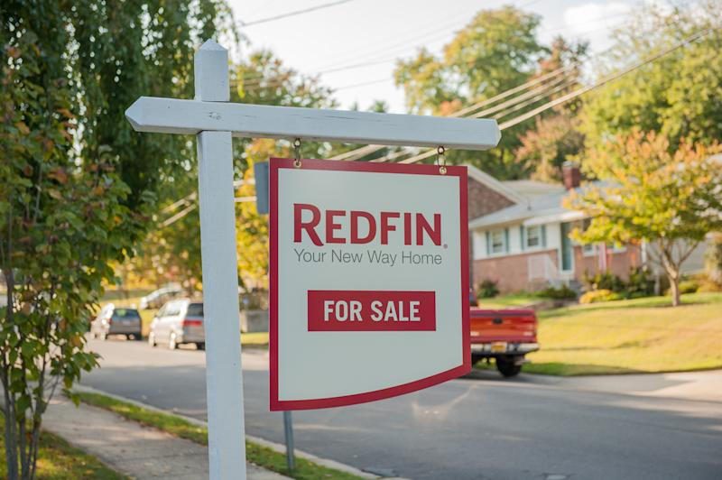 Redfin-Yard-Sign