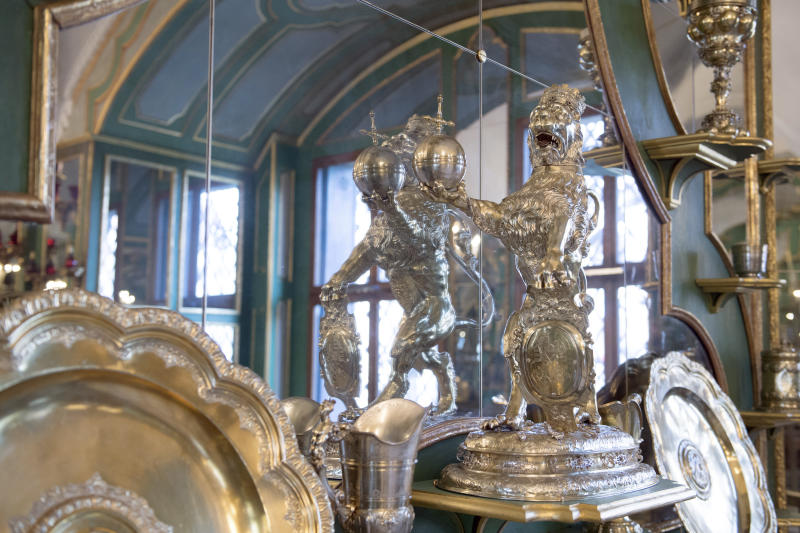 Image result for Germany's 'treasury chamber' museum in Dresden robbed