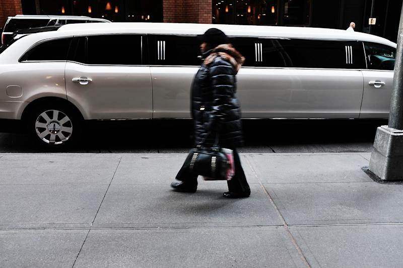 NEW YORK, NY - NOVEMBER 30: A limousine sits parked along a Manhattan street on November 30, 2017 in New York City. Republicans are coming closer to getting the votes needed to pass their proposed tax cut which many economists predict will benefit the wealthy at the expense of the poor and middle class. According to the Joint Committee on Taxation and the Congressional Budget Office, by 2027 under the prosed tax cuts those earning $1 million or more would see a combined $5.8 billion tax cut while those earning $40,000 to $50, 000 would see their taxes rise by a combined $5.3 billion. (Photo by Spencer Platt/Getty Images)