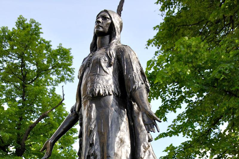 Indigenous influence: the 1616 Powhatan diplomatic mission in 1616 brought Pocahontas to the capital: Alamy