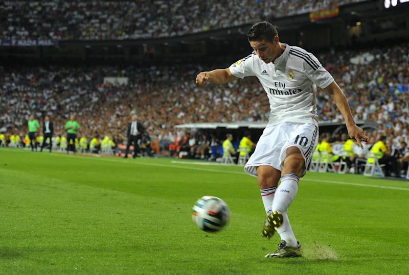 Real Madrid's James Rodriguez during the Spanish Supercup first-leg match against Atletico Madrid at the Santiago Bernabeu stadium on August 19, 2014 (AFP Photo/Dani Pozo)