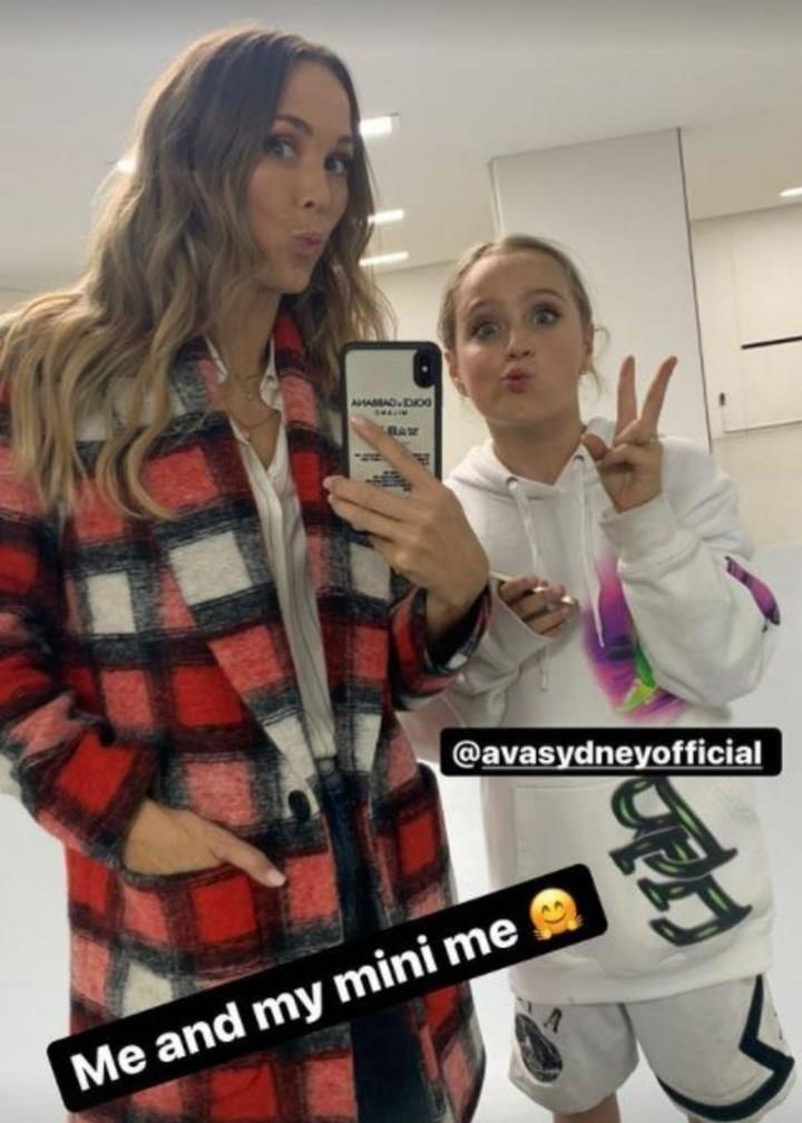 Bec Hewitt poses for a selfie with daughter Ava
