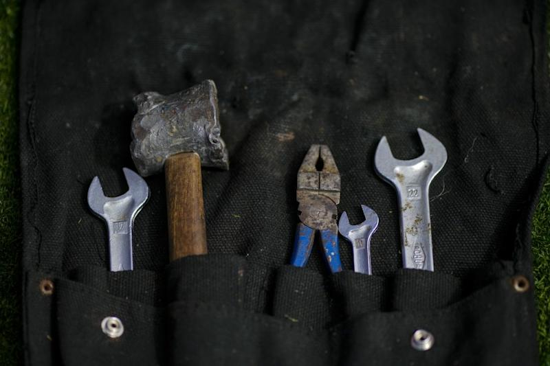 PEBBLE BEACH, CALIF. - AUGUST 18: A tool kit, is seen on the grass at the 69th Pebble Beach Concours d'Elegance at the Pebble Beach golf course on Sunday, Aug. 18, 2019 in Pebble Beach, Calif. (Kent Nishimura / Los Angeles Times)