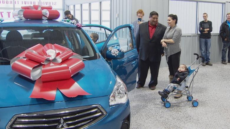 'Truly grateful': Red Deer dealership gives new car to family of girl battling cancer