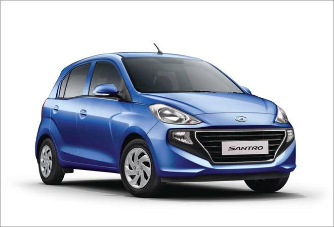 The Hyundai Santro will be available in 5 variants, including an automatic manual transmission version, a first in a Hyundai.