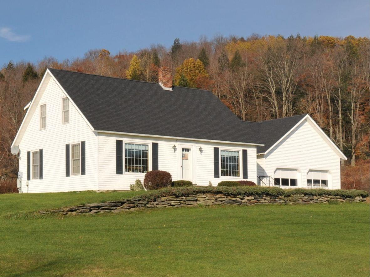 "<strong><a href=""http://homes.yahoo.com/search/Vermont/East_Fairfield/homes-for-sale"" target=""_blank"">East Fairfield, VT</a></strong><br /> <p><a href=""http://homes.yahoo.com/Vermont/East_Fairfield/318-dodd-rd:c59acf72267a30499364b3576bde40c4/"">318 Dodd Rd, East Fairfield, VT†</a></p> <p>For sale: $257,000</p> <br /> <p>Enjoy Vermont farm country at its finest in this classic Cape Cod-style home perched on 87,120 square feet of rolling green hills. Oak cabinetry, a vintage chandelier and wood-burning fireplace add to the home's timeless appeal.</p>"