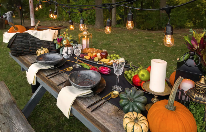Food is included in your stay in Hell. (Photo: Airbnb)