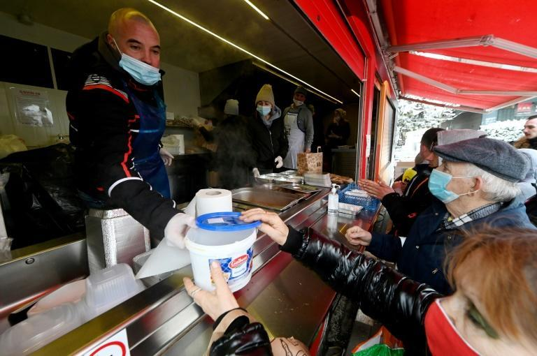 Croatian chefs have been providing warm meals for those hit by the earthquake