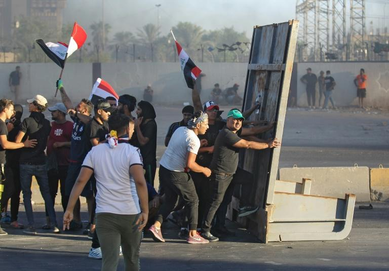 More than 1,600 people have been wounded in the protests (AFP Photo/AHMAD AL-RUBAYE)