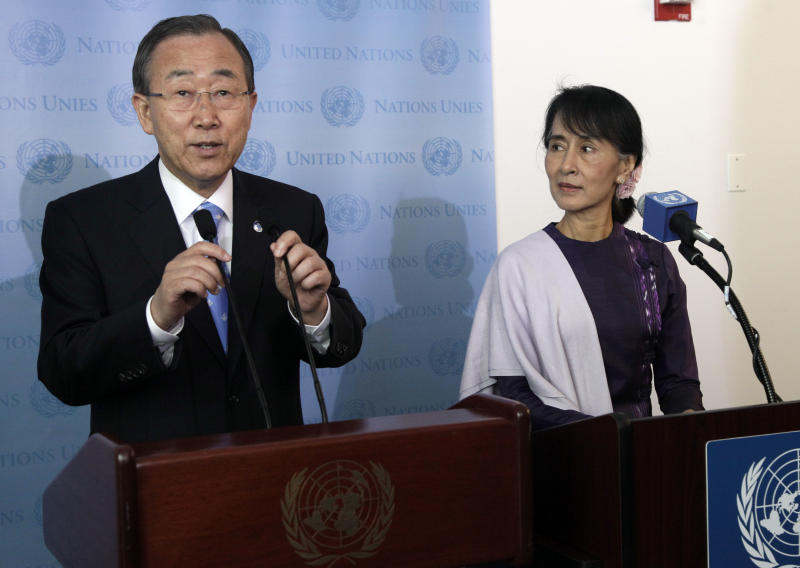 United Nations Secretary General Ban Ki-moon, left, and Myanmar democracy leader Aung San Suu Kyi attend a news conference at the United Nations, Friday, Sept. 21, 2012. (AP Photo/Richard Drew)