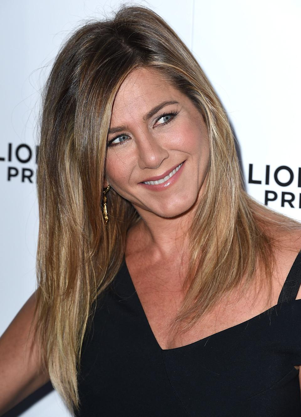 And speaking of how to flawlessly handle a break-up... The media coverage surrounding Jennifer Aniston for the <i>decade</i> after her split from Brad Pitt, was often unnecessary, cruel and steeped in sexism. <br /><br />Through it all, though, she kept her head high, continued working and, more importantly, smiling away, despite what was said about her in the press. <br /><br />Now she's one of the highest-paid actresses <i>in the world</i>, and is married to her long-time partner, Justin Theroux.