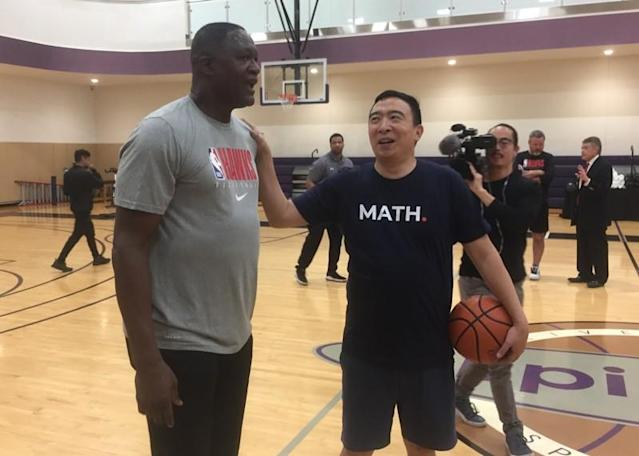 Georgia 2020: Andrew Yang and Dominique Wilkins shoot hoops, talk election