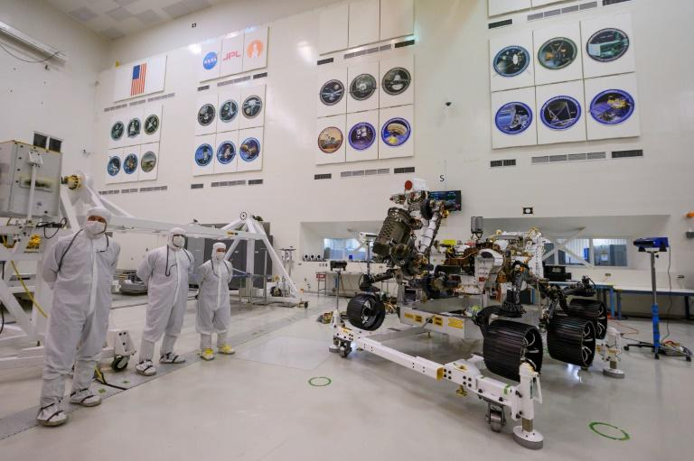 The Mars 2020 rover's driving equipment was given its first test inside a large, sterile room at the Jet Propulsion Laboratory in Pasadena, near Los Angeles