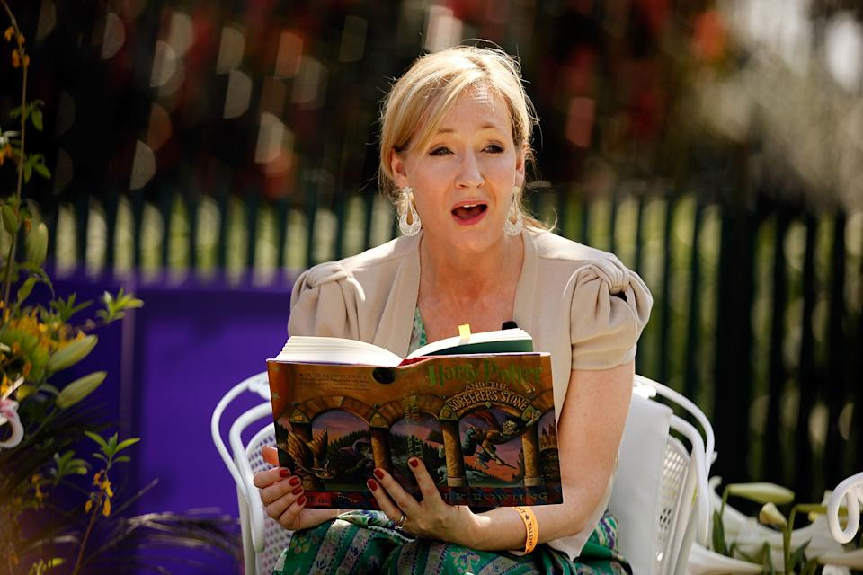 """J.K. Rowling reading """"Harry Potter and the Sorcerer's Stone"""" at the White House Easter Egg Roll in 2010 (Photo: Getty Images)."""